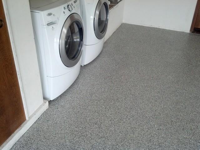 Garage Floor With Westcoat Liquid Granite Flake Traditional Laundry Room San Luis