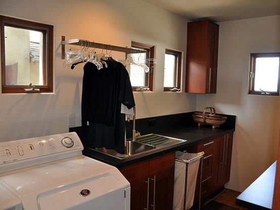 Gardencrest contemporary-laundry-room