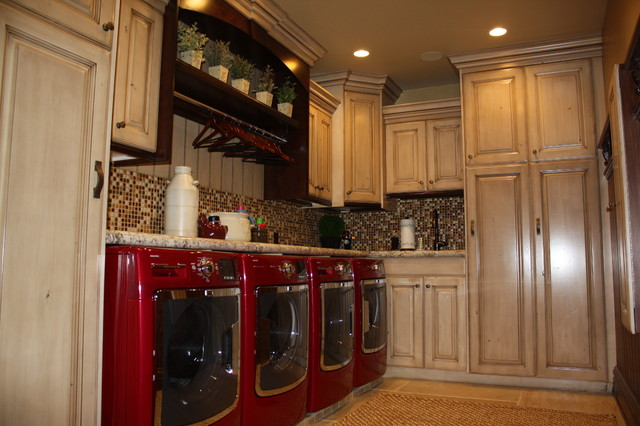 Gunnell home traditional-laundry-room