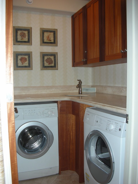 Hawaiian Designs contemporary laundry room
