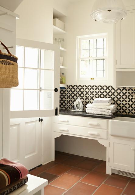 Helena 1 traditional-laundry-room