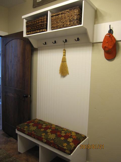 Herriman, Utah traditional-laundry-room