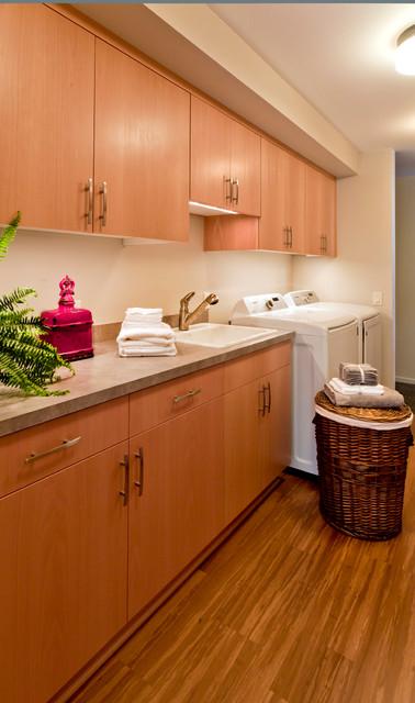 Hillsboro Home modern-laundry-room