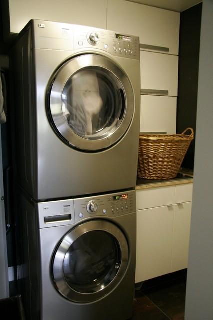 Hollys house contemporary-laundry-room