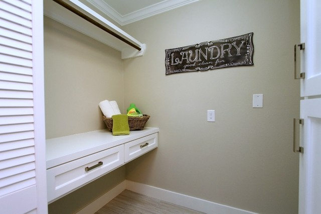 Home Staging On Northwood In The Heights Transitional Laundry Room Hous