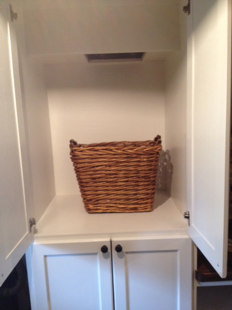 Homearama Pictures traditional-laundry-room