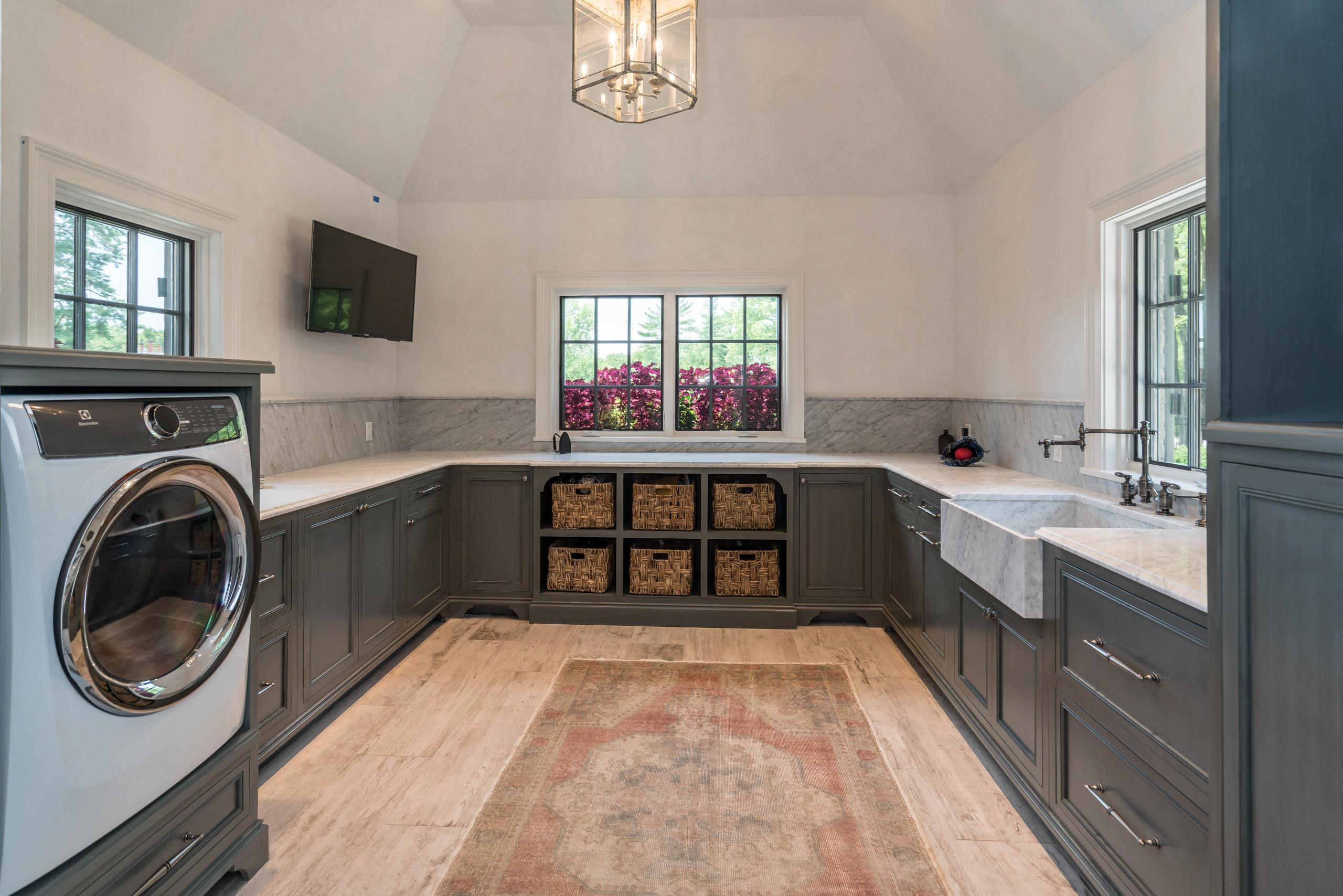 Huntleigh Woods Custom Home 2
