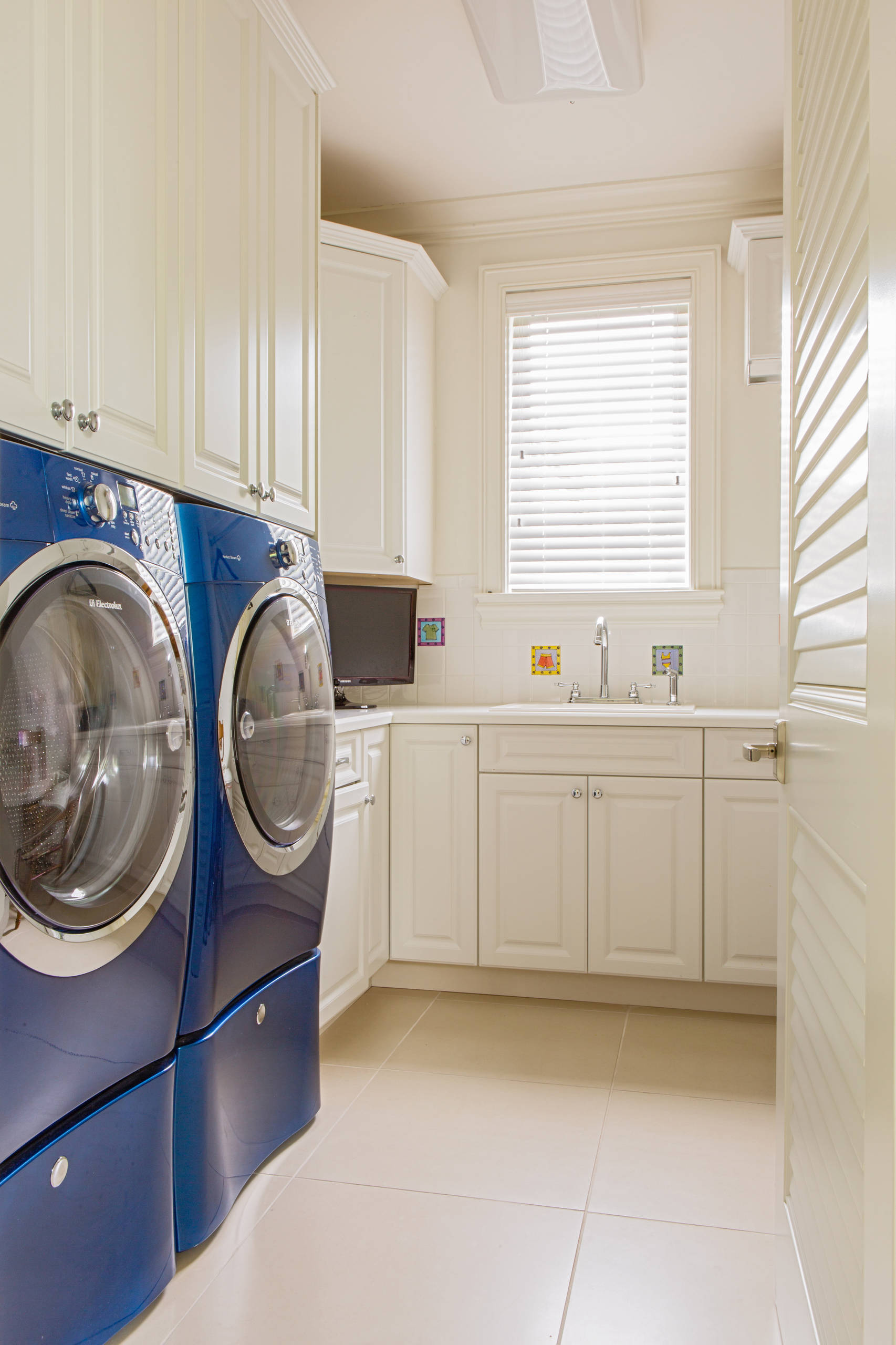 Side By Side Washer Dryer Houzz