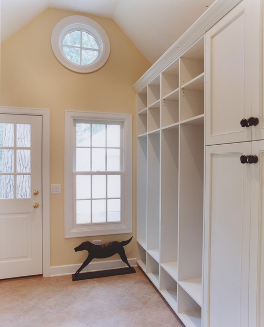 it is but a cottage - the mudroom traditional-laundry-room