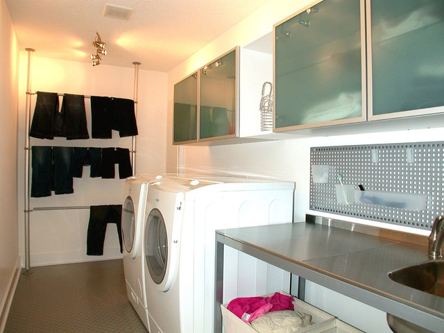 Jerry Bussanmas contemporary laundry room