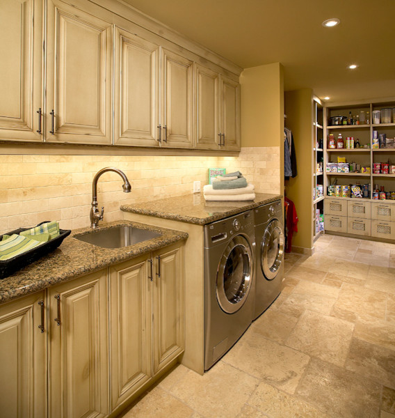 Cabinet Manufacturers Calgary submited images.