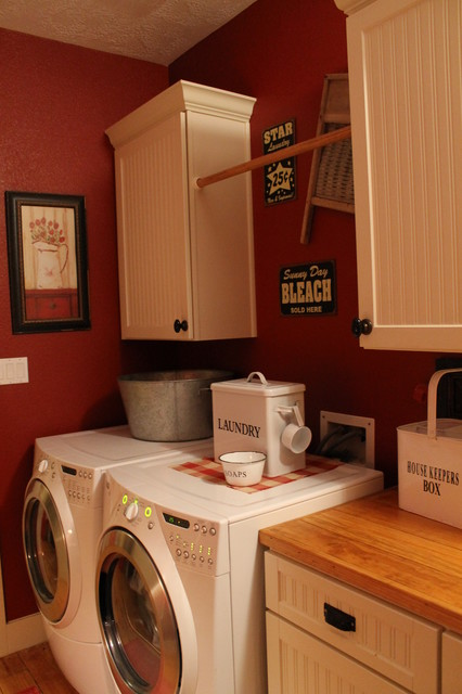 Kim Wilson Traditional Laundry Room Houston