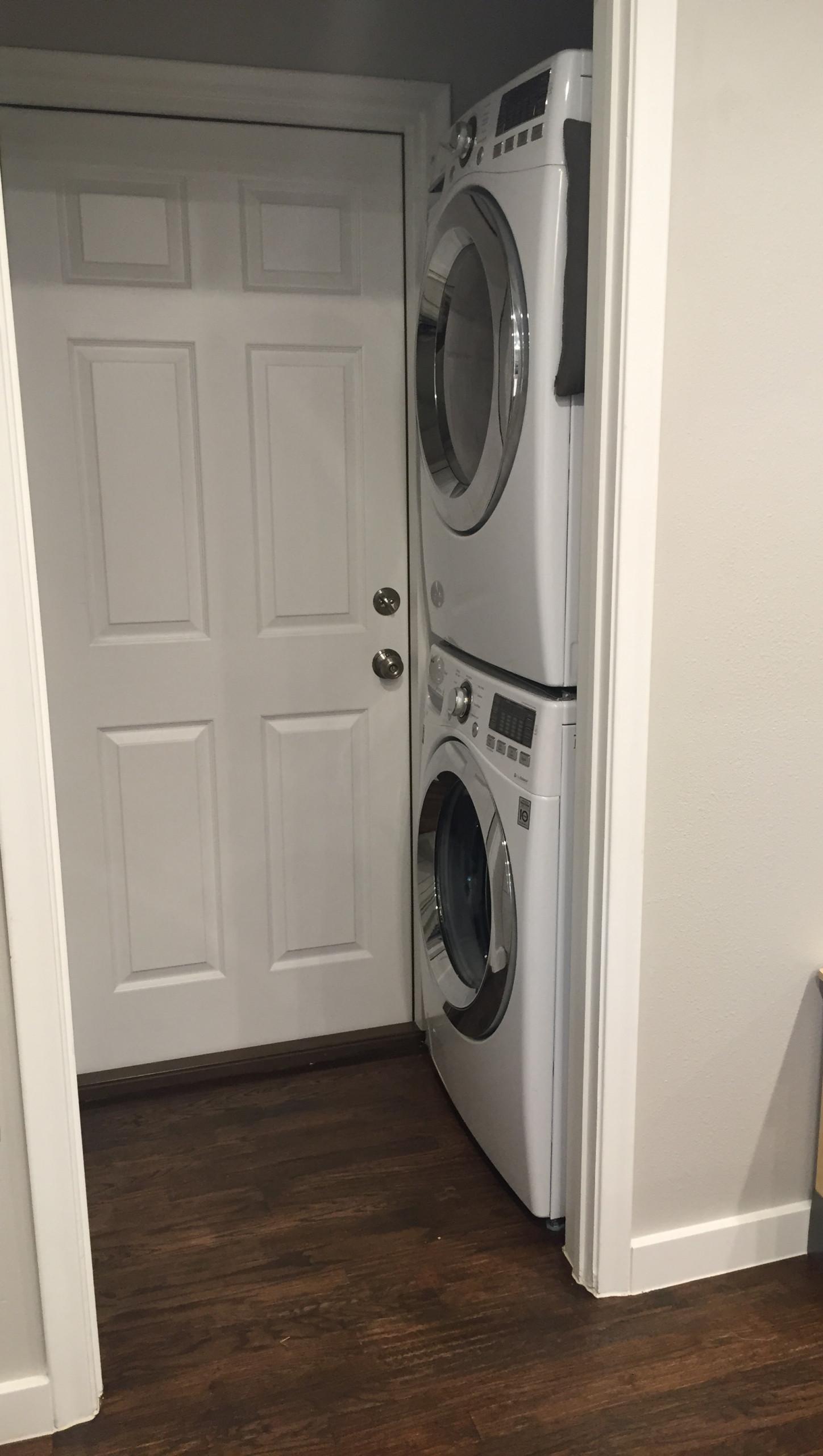 Kitchen/Living/Laundry