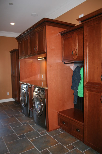 Kraftmaid Ashbury Maple - Sheehy - traditional - laundry room