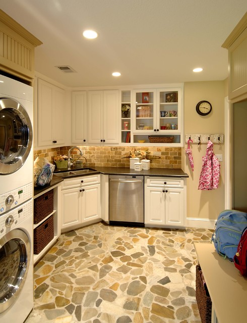 Lake Country Builders  laundry room
