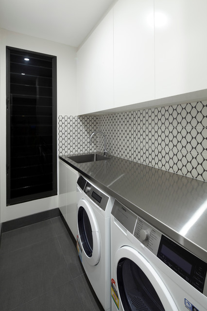 10x10 Laundry Room Layout: By Andrew Dee