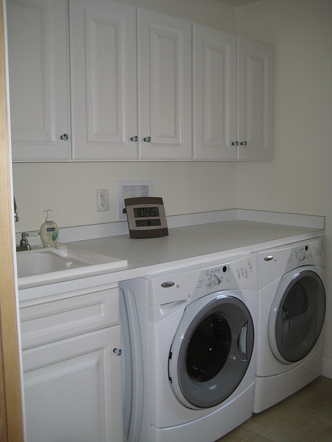 Laundry cabientry