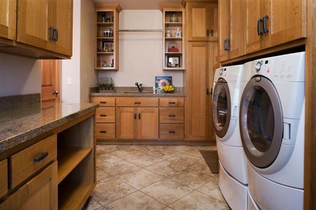 Laundry traditional-laundry-room