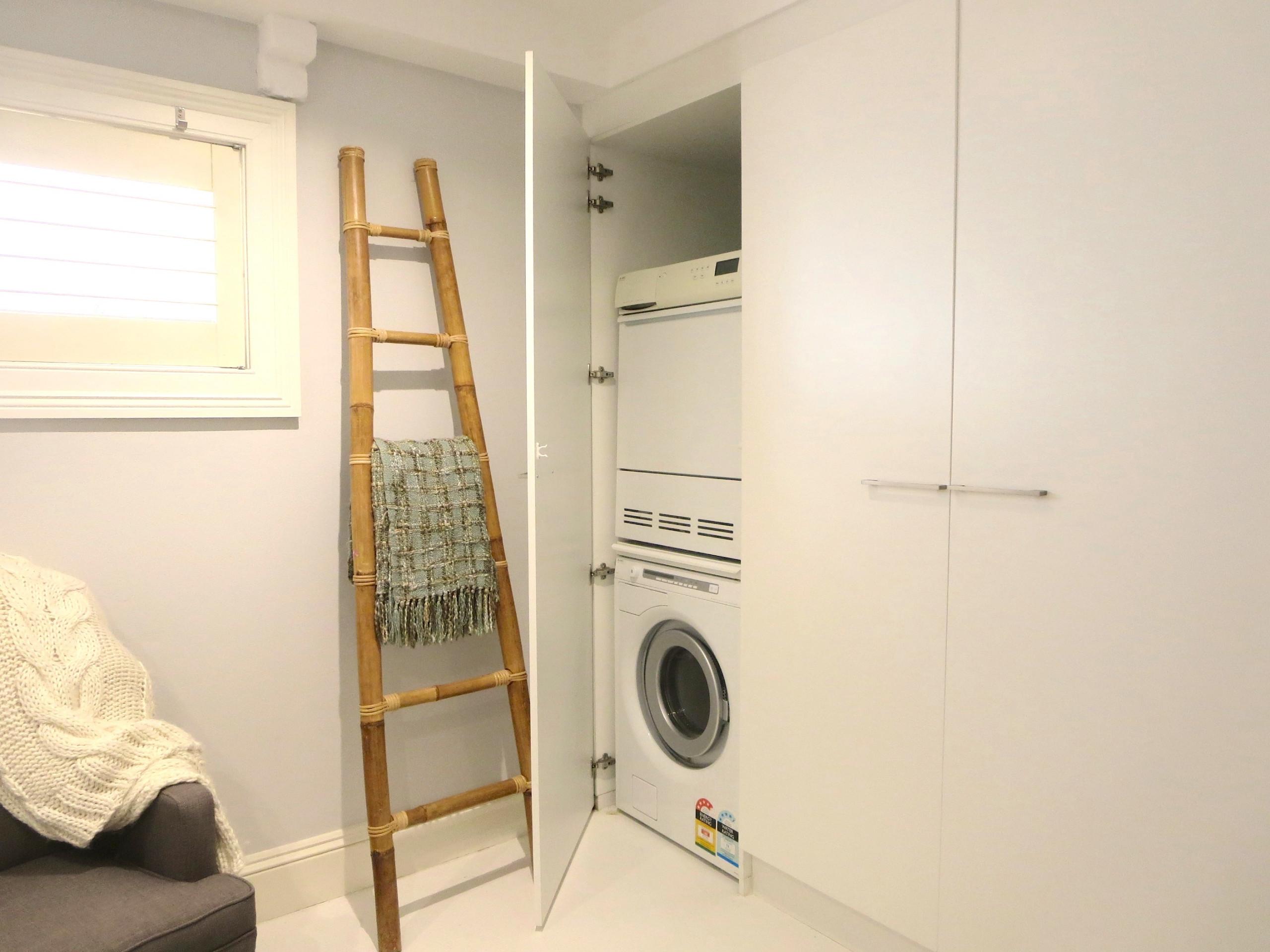 Laundry - Residence - Crows Nest, Sydney