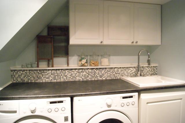 Laundry Room/Bathroom - Traditional - Laundry Room - montreal