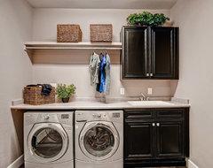 Laundry Room Ideas traditional-laundry-room