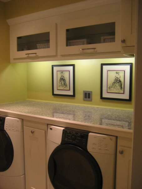 Laundry Room/Mud Room Makeover (Ikea) - Modern - Laundry Room - Toronto