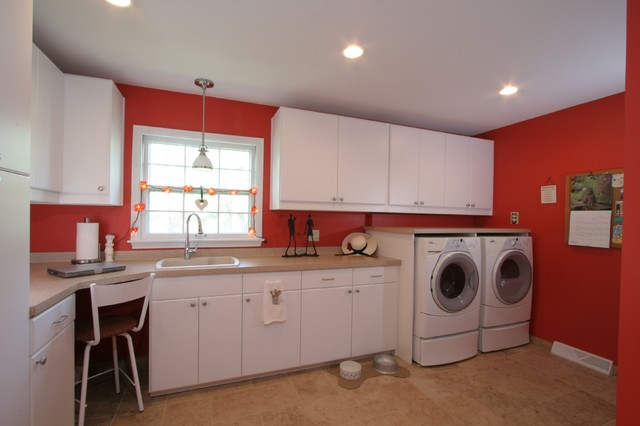 laundry room mudroom garage addition contemporary laundry room other metro by froz. Black Bedroom Furniture Sets. Home Design Ideas