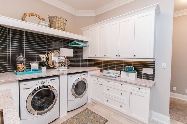 Laundry Room - Transitional - Laundry Room - Toronto - by Raywal Cabinets