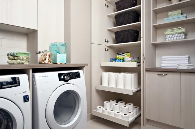 Laundry Room Storage Contemporain Buanderie Toronto Par Organized Interiors
