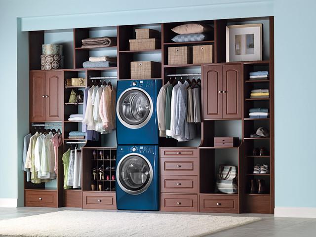 Laundry room walk in closet for Master closet laundry room combo