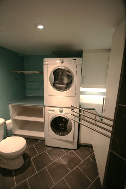 Laundry room with full bath modern laundry room for Small bathroom laundry designs