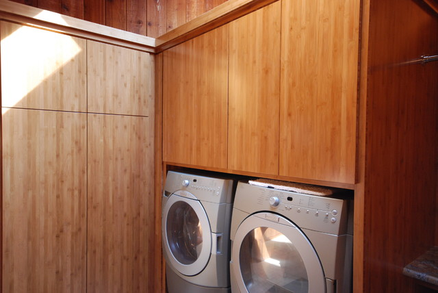 LAUNDRY ROOMS contemporary-laundry-room