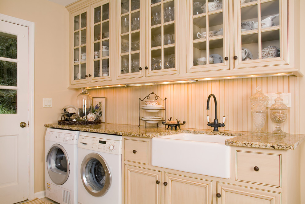 Lincolnshire Laundry Room Traditional
