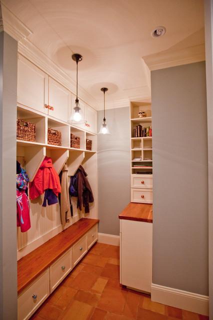 Lippiner modern-laundry-room