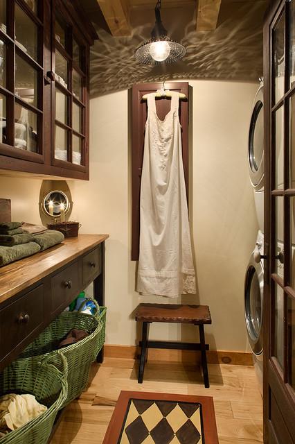 log cabin laundry room