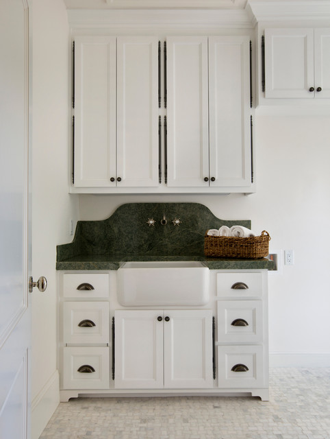 Laundry Room - Traditional - Laundry Room - San Francisco - by Chelsea Court Designs