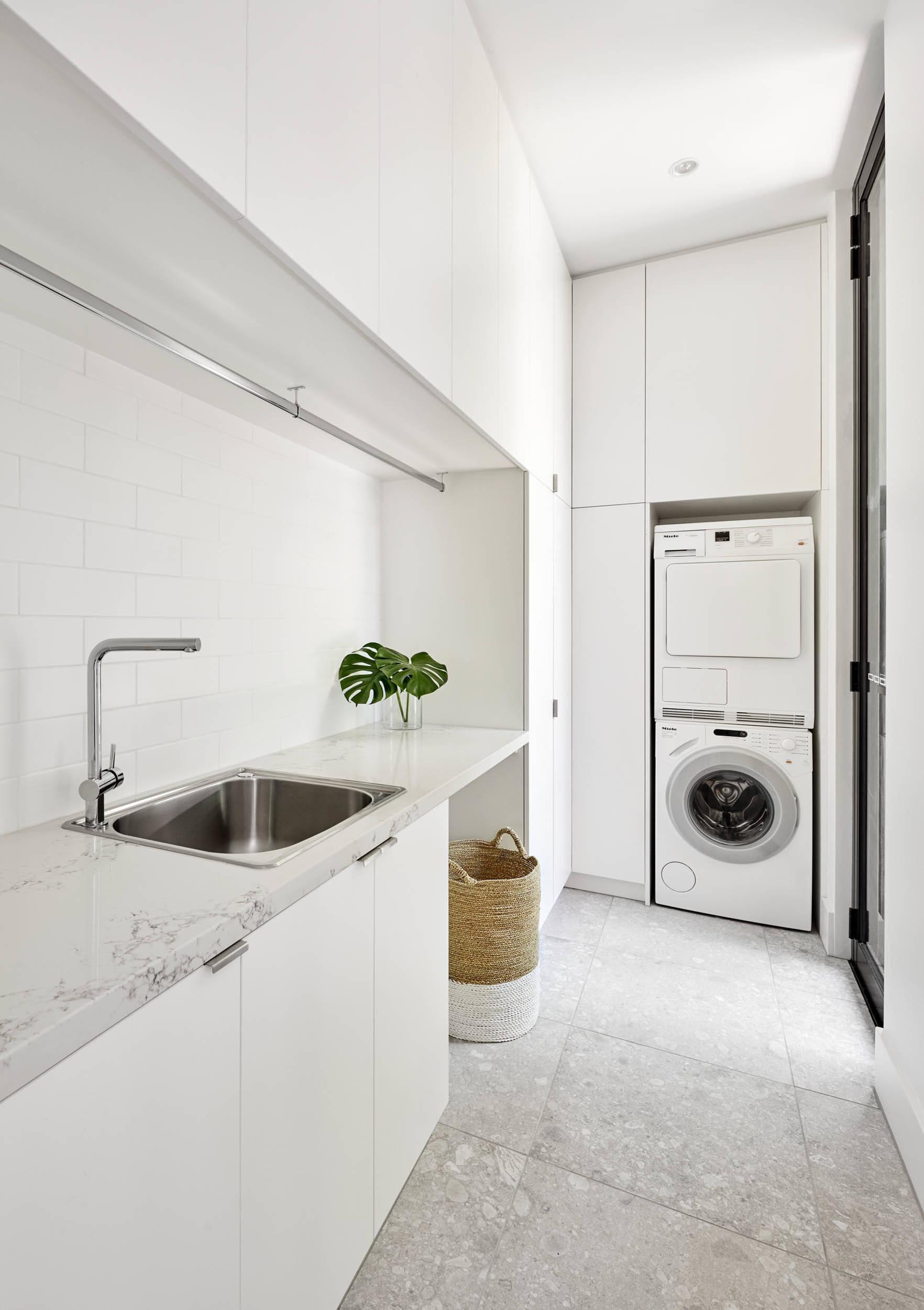 5x7 Laundry Room Ideas Photos Houzz