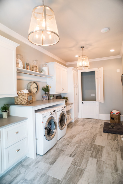 Laundry room paint color idea! Picking a paint color can be confusing and challenging! If you love gray, you'll love this beautiful neutral grey color - Sherwin Williams Silverplate. See it in real homes and rooms! It's not too dark and a stunning backdrop for any accent color.