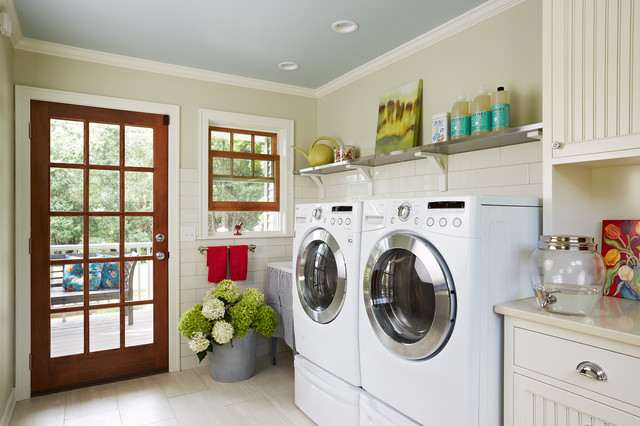 Minnetonka laundry - Farmhouse - Laundry Room - minneapolis - by Meriwether Inc