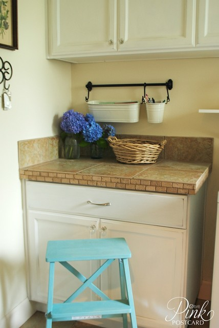 Modern Farmhouse Laundry room - Farmhouse - Laundry Room - portland