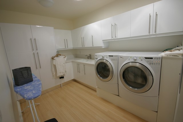 Laundry Rooms modern-laundry-room