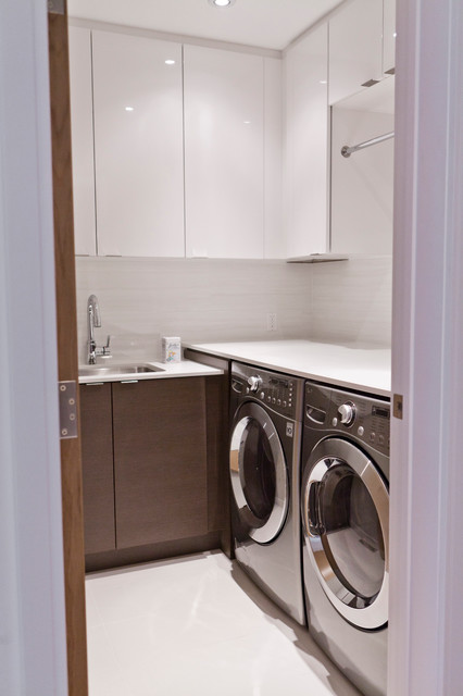 Modernist House - Modern - Laundry Room - toronto - by BiglarKinyan Design Planning Inc.