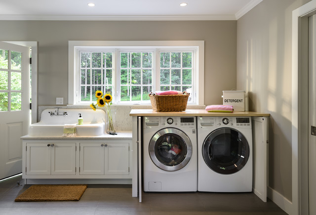 Mud/Laundry Room - Farmhouse - Laundry Room - New York - by Crisp Architects