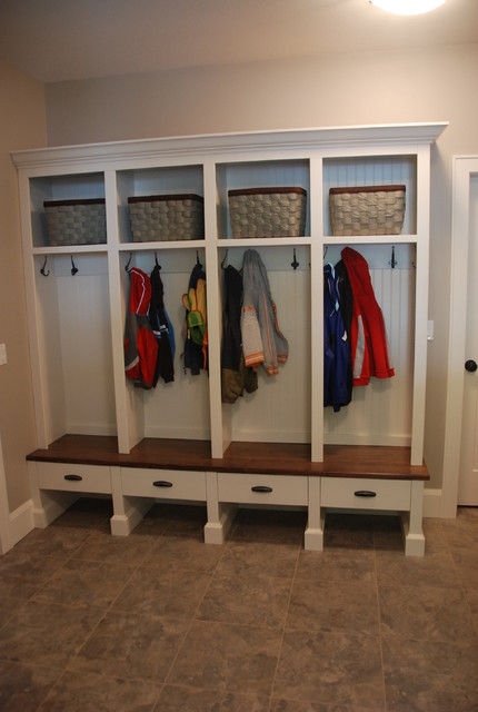 Mud rooms - Traditional - Laundry Room - Vancouver - by Out Of Line Designs Inc