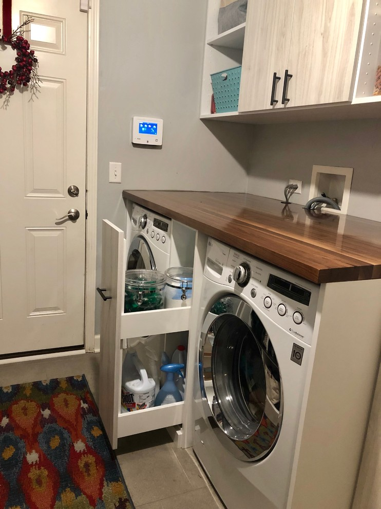 Mudroom Laundry Room Transitional Laundry Room Chicago By Closet Factory Chicago