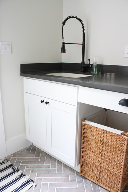 Mudroom Sink - Farmhouse - Laundry Room - Seattle - by AshleyDSP