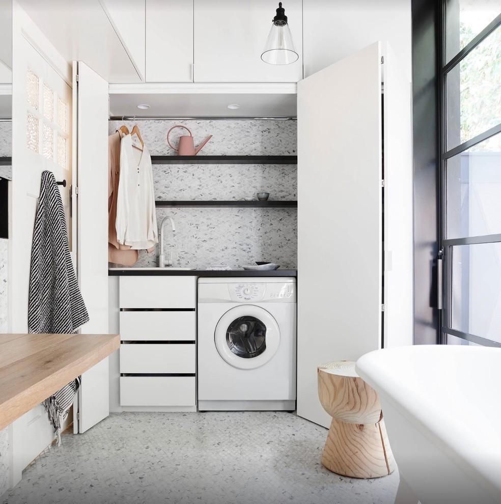 Laundry room - contemporary laundry room idea in Perth