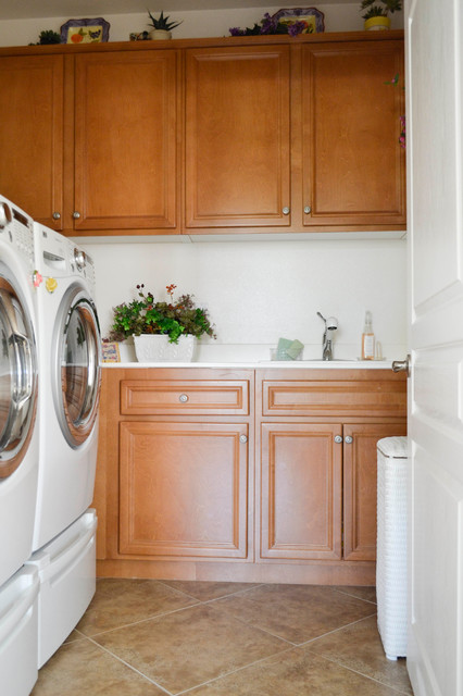 My Houzz: One Story Spanish Style Home Near Palm Springs mediterranean-laundry-room