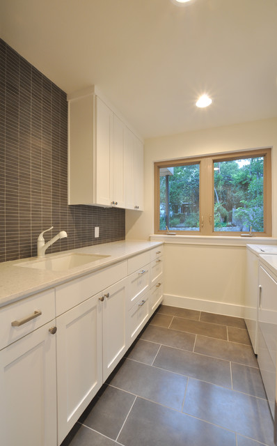 Oakhaven contemporary-laundry-room