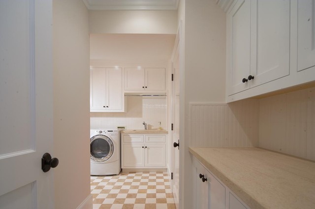 pacific traditional-laundry-room